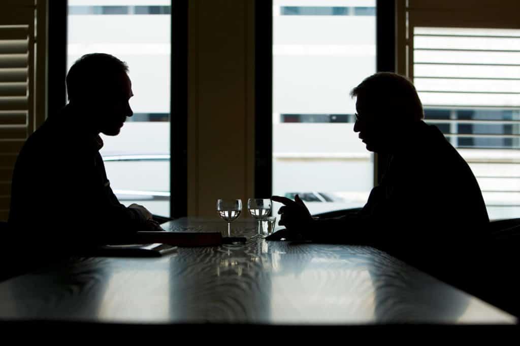 Sitzordnung in Interviews - Interviews führen