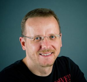 E-Mail-Interview mit Peer Wandiger